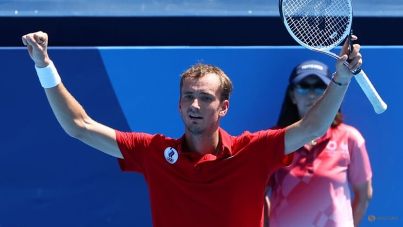 Tennis-Medvedev ready to seize US Open opportunity