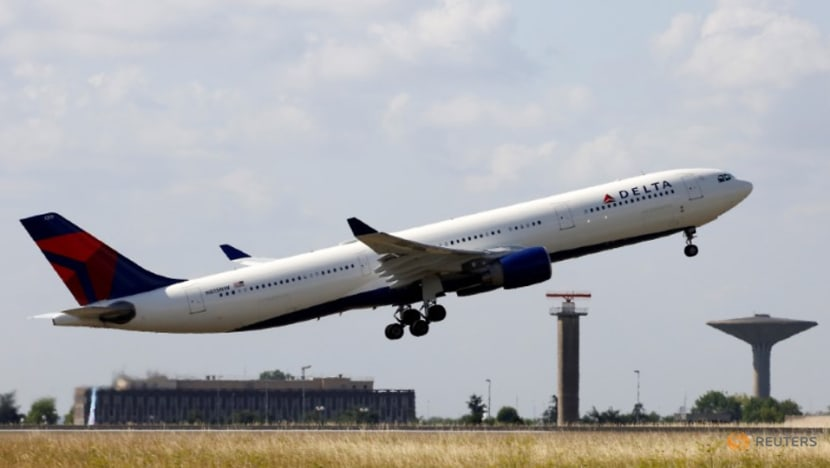 France plans to introduce 'eco-tax' on all outbound flights
