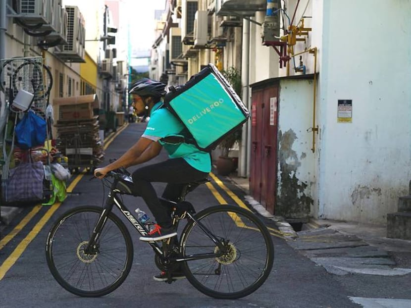 Sandwich sharing economy: Give your Deliveroo rider a free Burger King burger