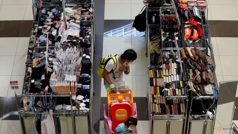 Japan's retail sales extend gains but COVID-19 challenges persist