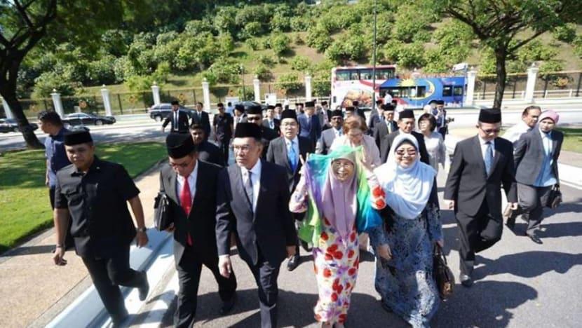 Pakatan Harapan backs Anwar for PM post: Reports
