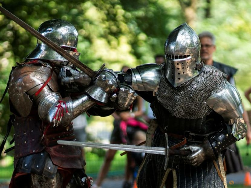 Would-be knights battle it out in New York's Central Park