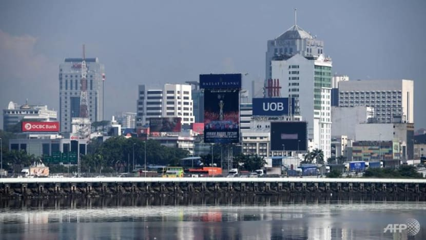 Johor state government to establish company in Singapore for boosting trade ties