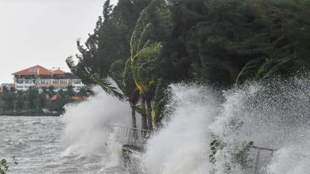 台风圆规在中国海南琼海市登陆