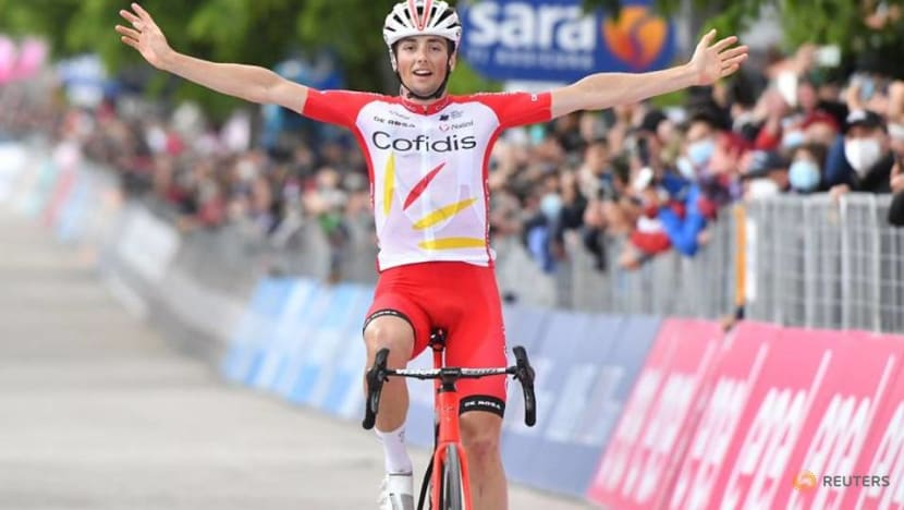 Cycling-Lafay wins stage eight of Giro d'Italia as Ewan abandons race