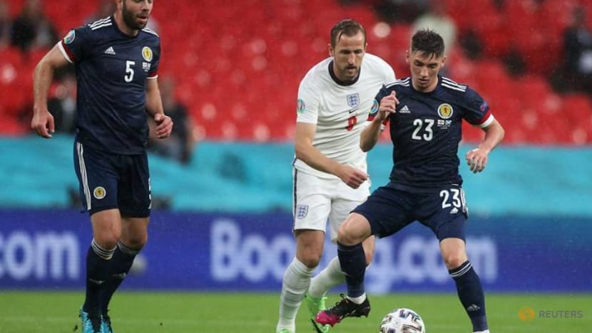 Soccer-Scotland's Gilmour joins Norwich on season-long loan
