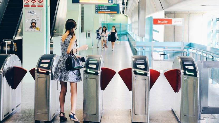 Visa contactless cards can be used to pay for public transport from Jun 6
