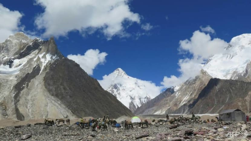 Three climbers on K2 feared dead, three days after they went missing