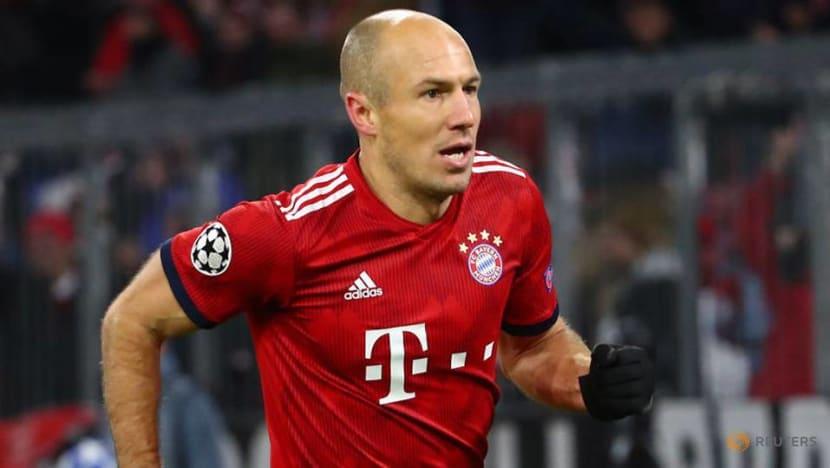 Football: Dutch great Robben announces retirement