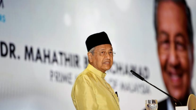 PM Mahathir accuses Chinese schools association of racism over khat controversy