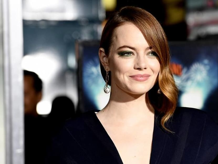 Actress Emma Stone gets engaged to longtime boyfriend, SNL writer-director