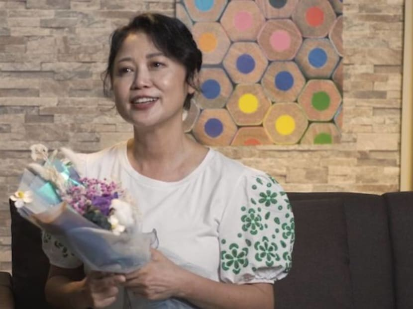 Xiang Yun gets emotional watching fellow celebs say nice things about her