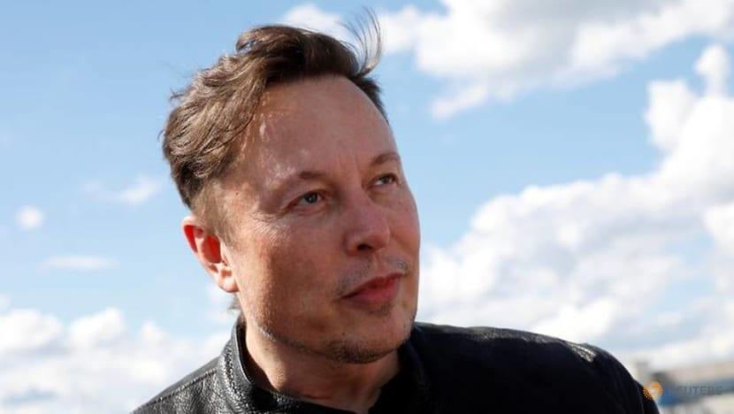 Musk says Tesla cancels the longest-range Model S Plaid+