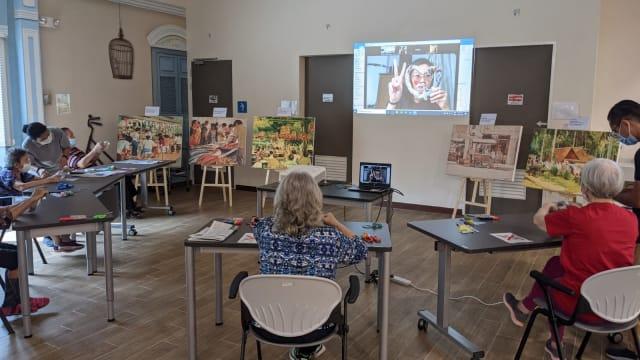 乐龄活动中心和疗养院展出画作 年长者通过艺术疗程勾起昔日回忆