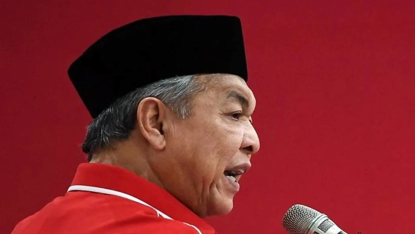 UMNO urges Malaysian government to reconvene parliament within 14 days; failure to do so considered 'treason'