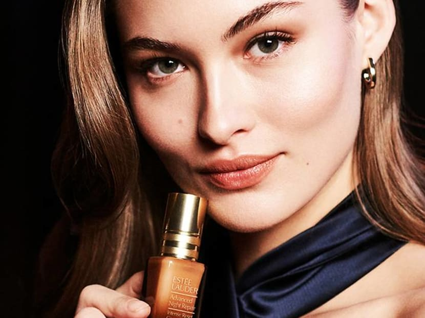 A breakthrough night treatment that helps relieve skin irritation, hydrates skin and calms the senses