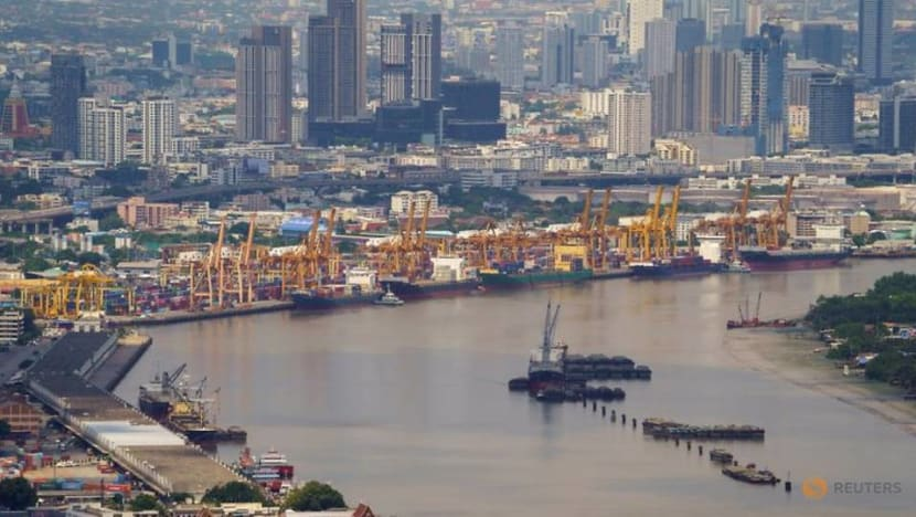 Thai economy may miss forecasts as virus cases spike