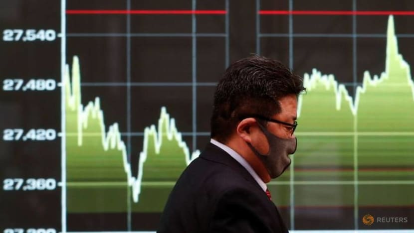 Asia stocks mixed as bonds benefit from Turkish tumult