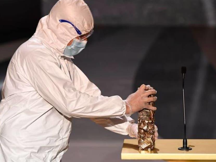 At Cesar Awards, host hurls barbs at France's COVID-19 strategy
