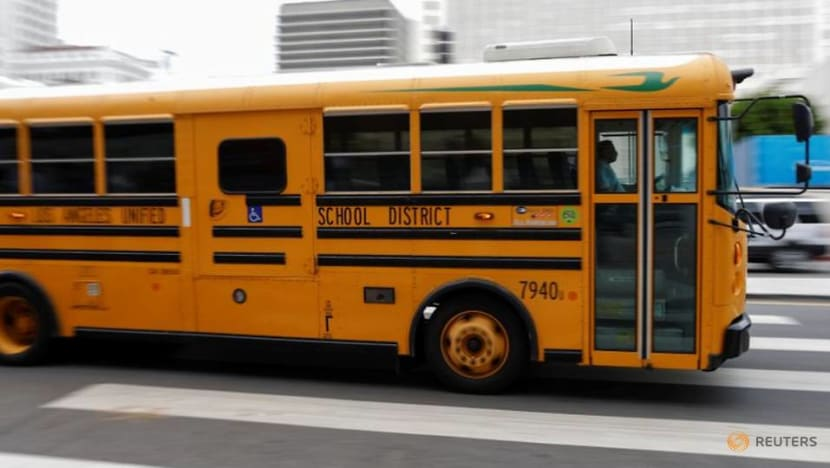 School bus drivers lead protest to safely reopen Los Angeles schools