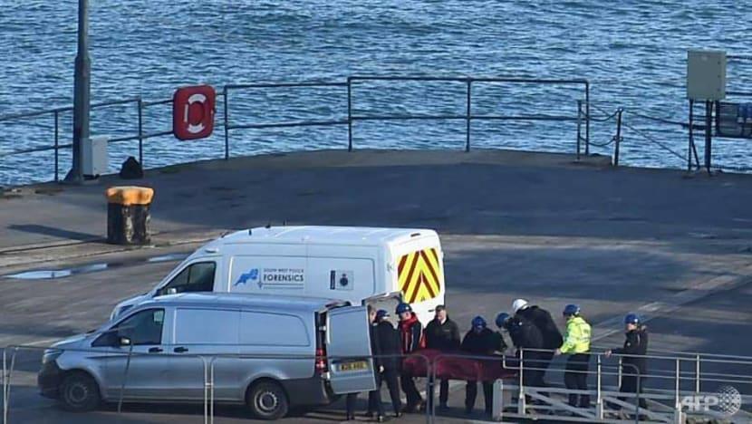 Body in Channel wreckage identified as footballer Sala