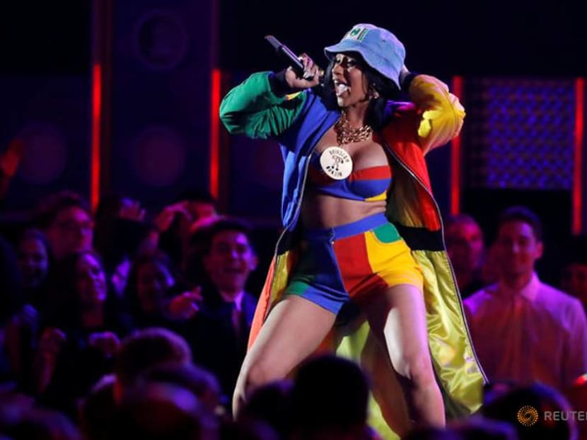 Cardi B responds to fans who say she should be jailed for drugging and robbing men