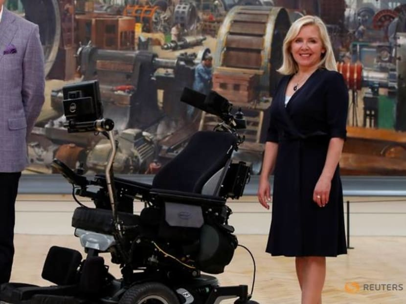 Stephen Hawking's office and archive to get UK homes
