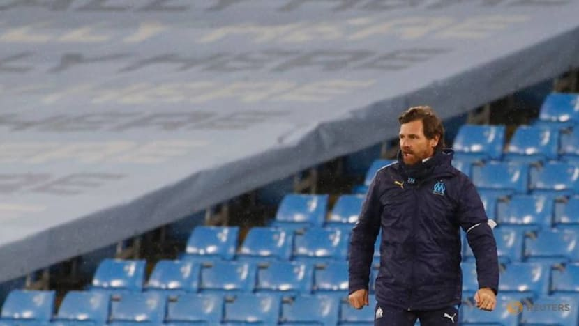 Soccer-Olympique de Marseille coach Villas Boas offers resignation