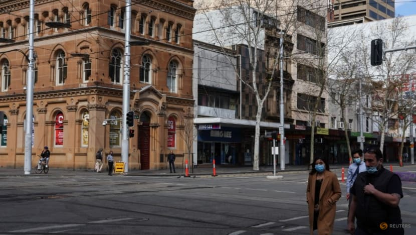 Sydney seeks to tighten COVID-19 curbs, Canberra to enter lockdown