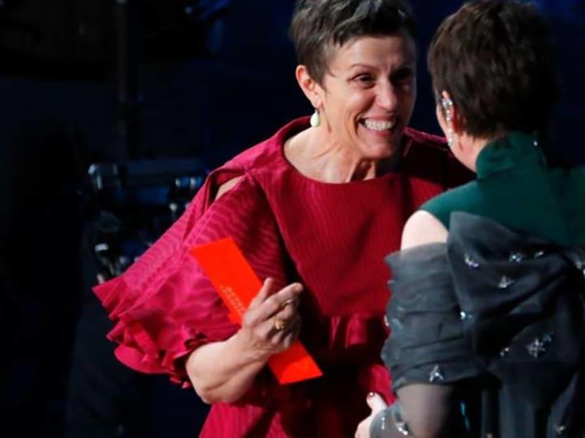 "Frances McDormand wins third Oscar with ""Nomadland"""