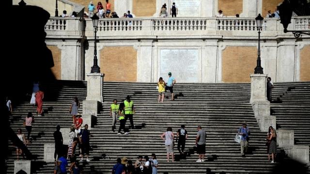 罗马景点西班牙台阶 禁止旅客坐上