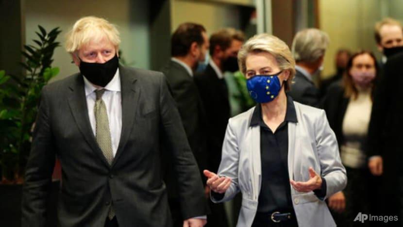 UK-EU to resume Brexit trade talks, set Sunday deadline but say large gaps remain