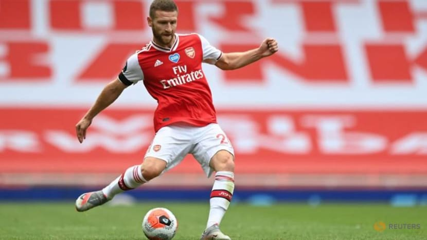Arteta reluctant to let Mustafi leave Arsenal in transfer window