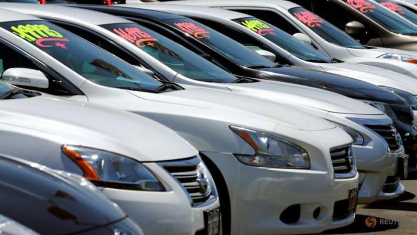 US auto sales lose momentum in November: Wards Intelligence