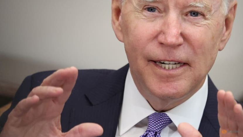 Biden to meet US CEOs in 'rallying cry' for vaccine mandates