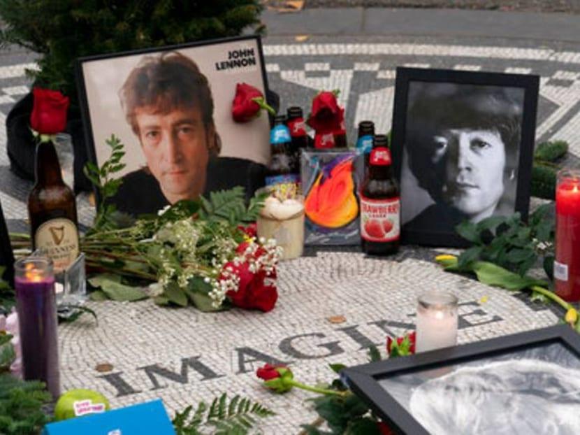 Yoko Ono, surviving Beatles, fans mark 40 years since John Lennon's death