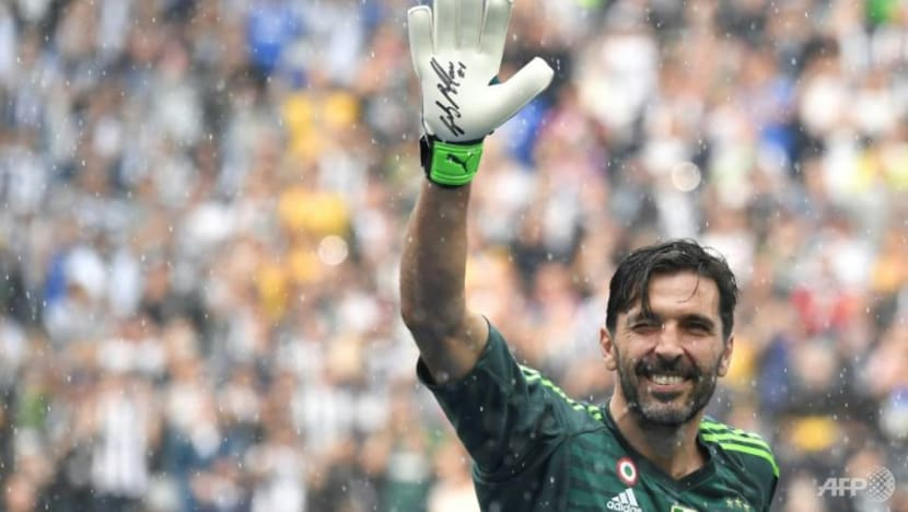 Football: Buffon returns to Parma in Serie B, 20 years after leaving