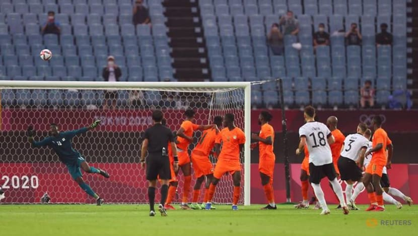 Olympics-Soccer-Brazil, Ivory Coast march into quarter-finals, Germany out