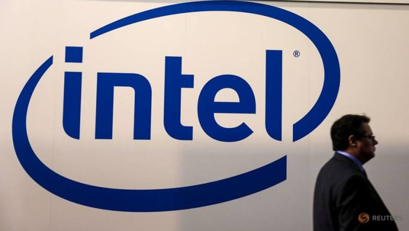 Intel CEO to attend White House meeting on chip supply chain