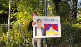 Posters with Tibetan flag reported removed outside Chinese Embassy in Denmark