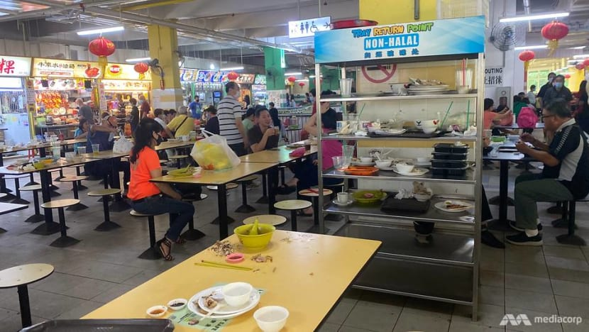 Put your tray away: 7 things to know about clearing your table at hawker centres, coffee shops and food courts