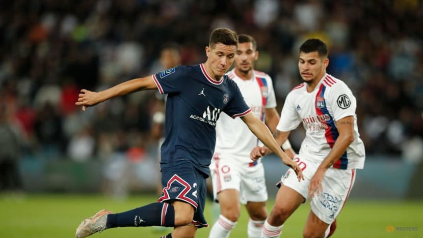 Football: Icardi strikes late to give PSG win over Lyon on Messi's home debut