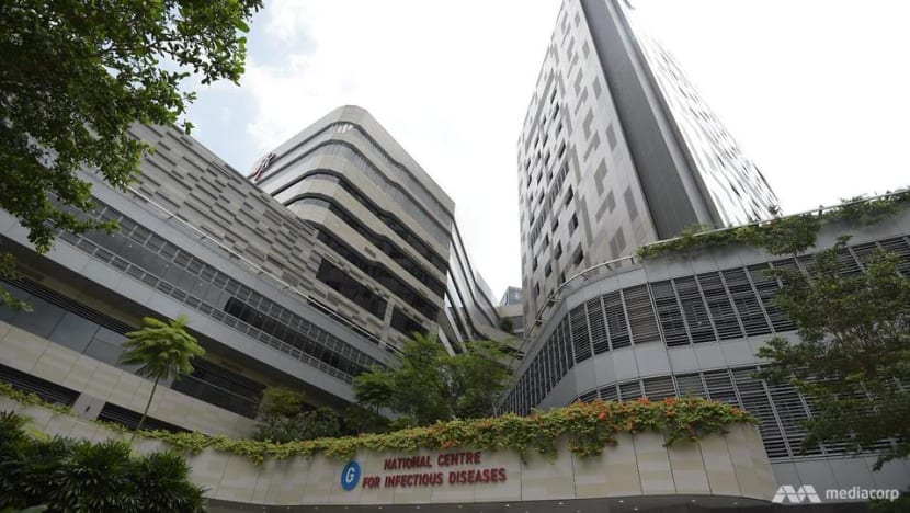 Singapore reports 2 deaths from COVID-19