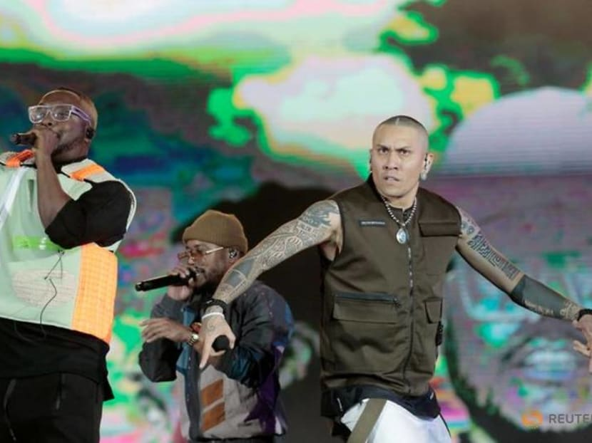 The Black Eyed Peas tops charts in move to Latin music