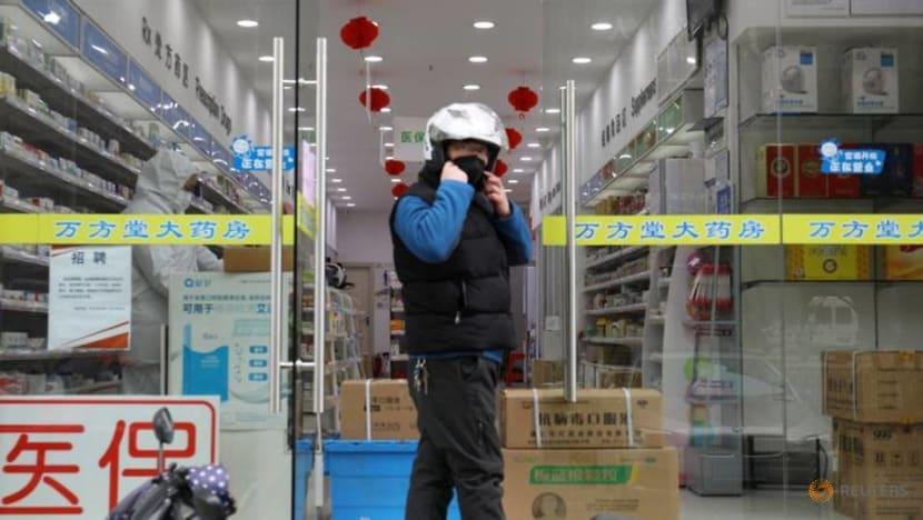 China removes two Hubei leaders as coronavirus crisis deepens