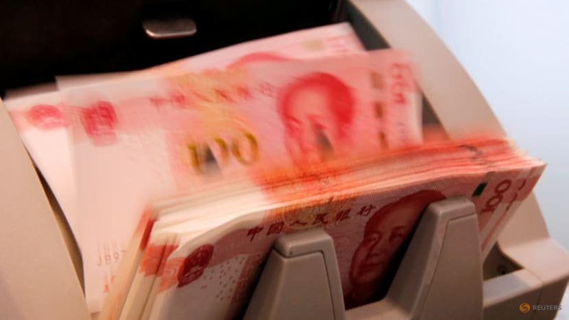 China cbank offers more medium-term loan than expected to cushion economic slowdown