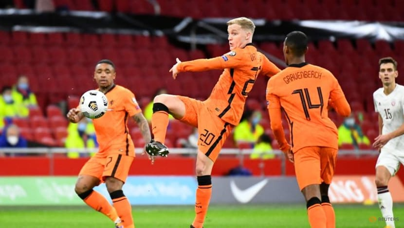 Football: Van de Beek dropped by Dutch for World Cup qualifiers