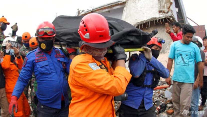 Quake death toll rises to 60 as Indonesia struggles with string of disasters