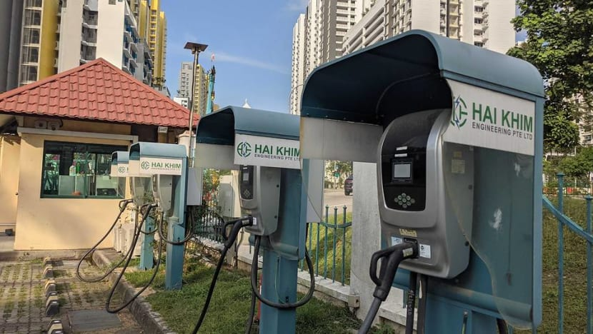 Obstacles remain in electric vehicle adoption despite incentives, say transport experts and drivers