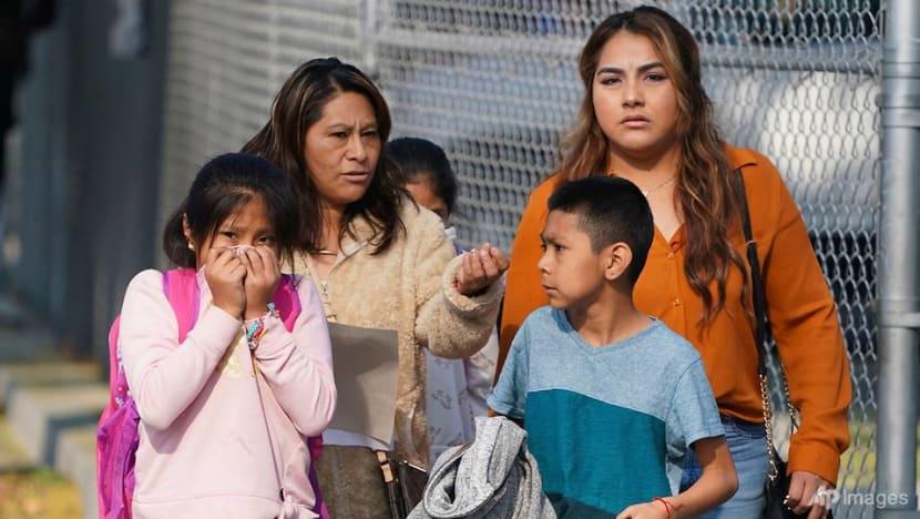Delta flight dumps fuel on Los Angeles school, 26 treated for minor injuries